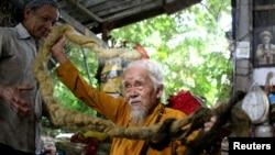 Vietnamese Man Grows Long Hair