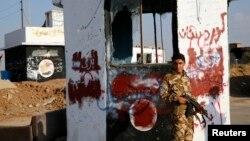 Chiến binh người Kurd đã chiến đấu chống lại nhóm Nhà nước Hồi giáo tại nhiều thị trấn biên giới.