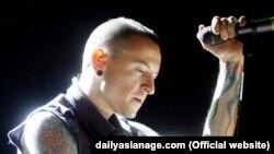 Linkin Park ဦးေဆာင္အဆိုေတာ္ Chester Bennington ကြယ္လြန္