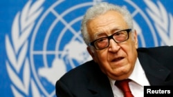 FILE - Arab League-United Nations envoy Lakhdar Brahimi addresses a news conference after a meeting on Syria at the United Nations European headquarters in Geneva, Dec. 20, 2013.