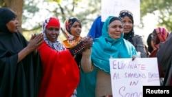 Des Somaliennes de Minneapolis, dans le Minnesota, lors d'un rassemblement suite à l'attaque contre le centre Westgate de Nairobi