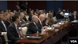美國國會的一個委員會星期四舉行的聽證會,批評中國模糊了情報搜集與盜竊商業機密的界限。