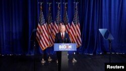 Джо Байден выступает с заявлением по поводу международной политики США в Нью-Йорке, 7 января 2020 года