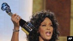 Umuririmvyikazi Rurangiranwa wo muri Amerika, Whitney Houston Yaritavye Imana