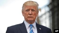 Presiden Amerika Donald Trump dalam konferensi pers di Bedminster, New Jersey hari Jumat (11/8).