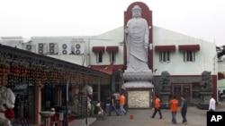 5일 폭탄 공격이 발생한 인도네시아 자카르타의 불교 사원.