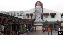 Ngôi chùa ở Jakarta bị đánh bom hôm 5 tháng 8, 2013