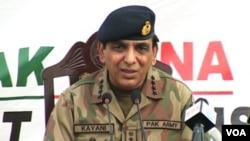 Panglima tentara Pakistan, Jenderal Ashfaq Kayani memberikan pernyataan di depan Mahkamah Agung Pakistan sehubungan skandal 'Memogate' (foto: dok).