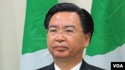 台灣民進黨秘書長吳釗燮。