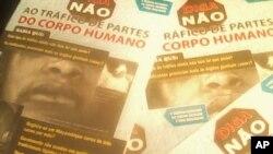 Cartaz da campanha contra o tráfico de órgãos corpo humano