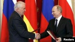 Леонид Тебилов и Владимир Путин