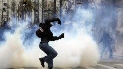 خشم مردم یونان رو به گسترش است