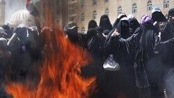ديدار هيلاری کلينتون با فعال حقوق زنان يمن
