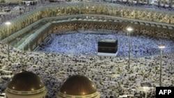 Молитва в Большой мечети Мекки