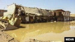 عکسی از سیل اخیر و بقایای آن در شهر پلدختر.
