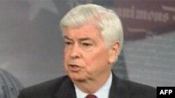 Chủ tịch Ủy Ban Ngân Hàng Thượng Viện Thượng Nghị Sĩ Dân chủ Chris Dodd đã thương thảo với Thượng Nghị Sĩ Cộng Hòa Richard Shelby nhằm đạt được sự dung hòa giữa 2 đảng