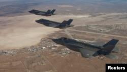 """""""F-35"""" qiruvchi samolyotlari"""