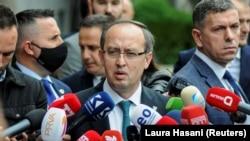 Премиерот на Косово, Хоти