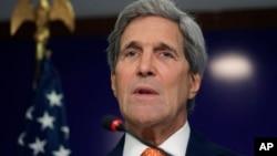 Ngoại trưởng Kerry nói kể từ khi cuộc đối thoại cuối cùng được triệu tập, Hoa Kỳ và Pakistan đã tập trung vào việc mở rộng đầu tư và mậu dịch song phương.