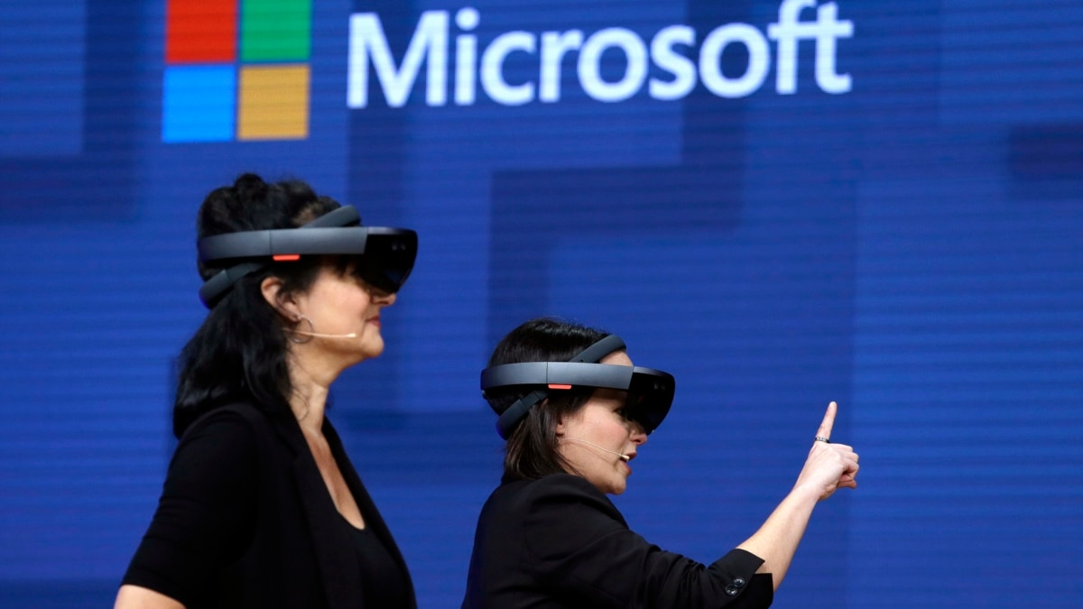 Microsoft to Make Augmented Reality Headsets for US Army