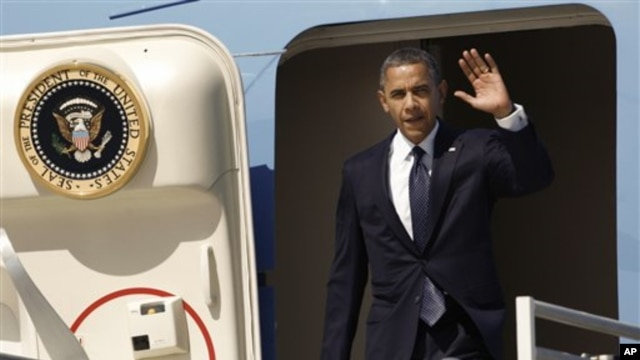 President Barack Obama leaving Air Force One