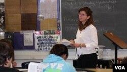 La excelencia educacional para los hispanos es también una forma de asegurar la futura competitividad de Estados Unidos.