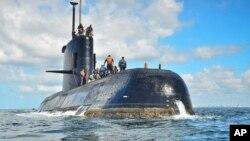Tư liệu - Tàu ngầm ARA San Juan trong một bức hình không rõ ngày tháng, gần Buenos Aires, Argentina.