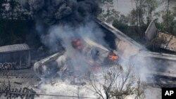 Los bomberos aseguraron que no habían inhalantes tóxicos y que desconocían con detalle la causa del accidente.