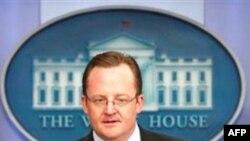 Пресс-секретарь Белого дома Роберт Гиббс.