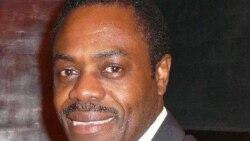 Le ministre de la Santé de la RDC, Oly Ilunga joint par Eddy Isango