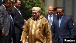 Le roi du Maroc Mohamed VI avec le premier ministre éthiopien Hailemariam Desalegn le 19 novembre 2016.