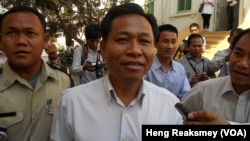 The Appeals Court upheld a decision by the Svay Rieng court, which would put Chhouk Bandith in prison for 18 months and force him to pay some $10,000 in compensation to the three victims.