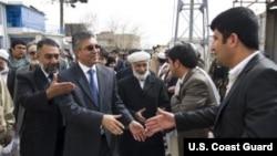 والی هرات: در تعیین ولسوال نه در حل مشکلات ولسوالی بکوشید