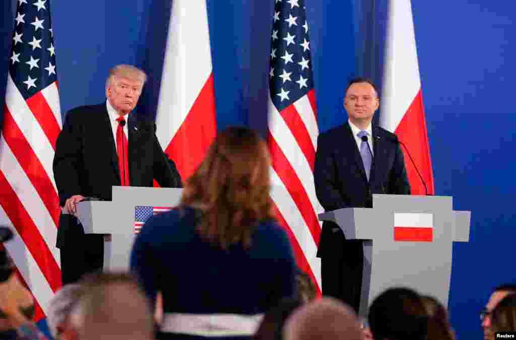 ABŞ prezidenti Donald Tramp və Polşa prezidenti Andrej Duda