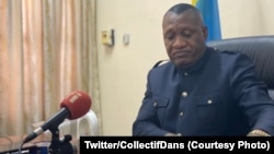 Mokambi ya Inspection générale ya Finances, Jules Alingete, na bokutani na bapanzi sango na Kinshasa, RDC, 13 aout 2020. (Twitter/CollectifDans)