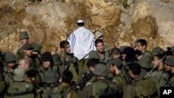 以色列军人在边境地区