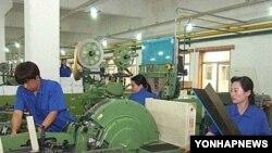 북한과 중국이 636만 달러를 합작투자해 2008년 설립된 평양백산담배합영회사.