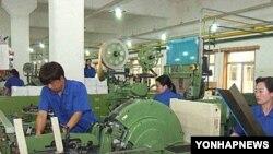 [주간 경제 뉴스] 북한 경제, 2011년에 플러스 성장