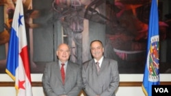 Insulza presentó públicamente al nuevo embajador de Panamá ante la OEA, Guillermo Cochez.
