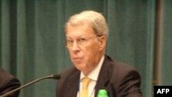 美国在台协会理事会主席薄瑞光