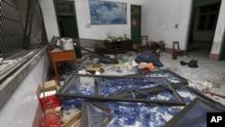 中國廣西柳城連環爆炸案中,一戶被炸毀的公寓。(2015年9月30日)