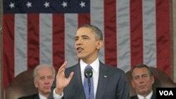 Presiden Barack Obama menyampaikan pidato kenegaraan yang ketiga di hadapan Kongres Amerika Selasa malam (24/1).