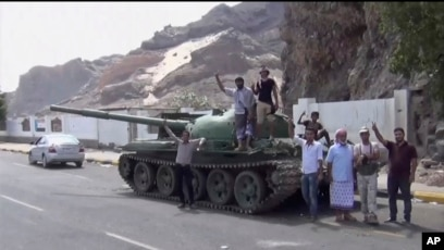 southern yemeni separatists seize large parts of aden