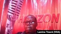Salifou Guigma, l'actuel directeur général de Horizonfm, Ouagadougou, le 8 avril 2020. (VOA/Lamine Traoré)