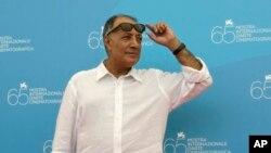 عباس کیارستمی، ۷۵ ساله، چهره سرشناس ایران در سینمای بین المللی است.