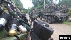 Para tentara berjaga-jaga di desa terpencil di Jolo, Sulu di Filipina Selatan. (Foto: Dok)