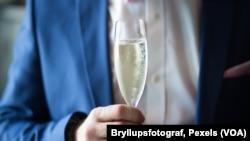۲ میلیون و ۸۰۰ مورد مرگ در جهان مرتبط با الکل در ۲۶ سال، نشان میدهد که حدنصاب ایمن برای نوشیدن الکل وجود ندارد.
