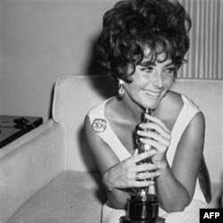 "Elizabet Teylor 1961 yilda ""Butterfield 8"" filmidagi roli uchun Oskar olgan"