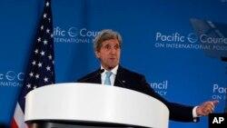 El secretario de Estado, John Kerry, habló sobre libre comercio en Los Ángeles, donde destacó sus beneficios.