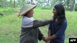 Ніша Скарія приїхала в Індонезію, щоби навчати і навчитися.